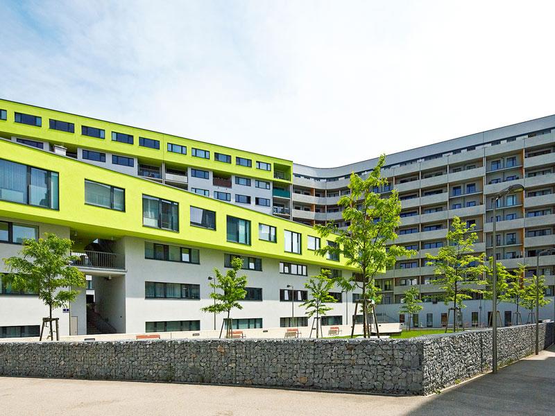 dreigeschossiges mehrzweckgebäude typ berlin